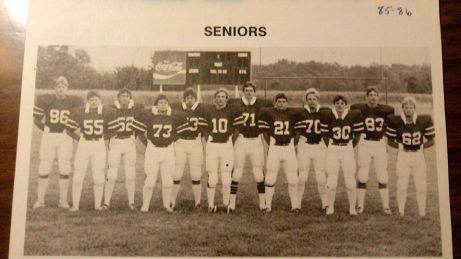 85 86 football team